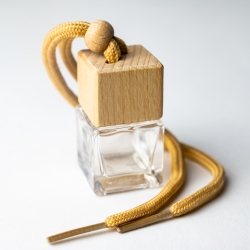 Hanging Car Diffuser with Wood Lid