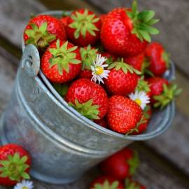Strawberry & Lily Creation Fragrance Oil